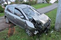 Senior vyvázl z nehody s lehkým zraněním.