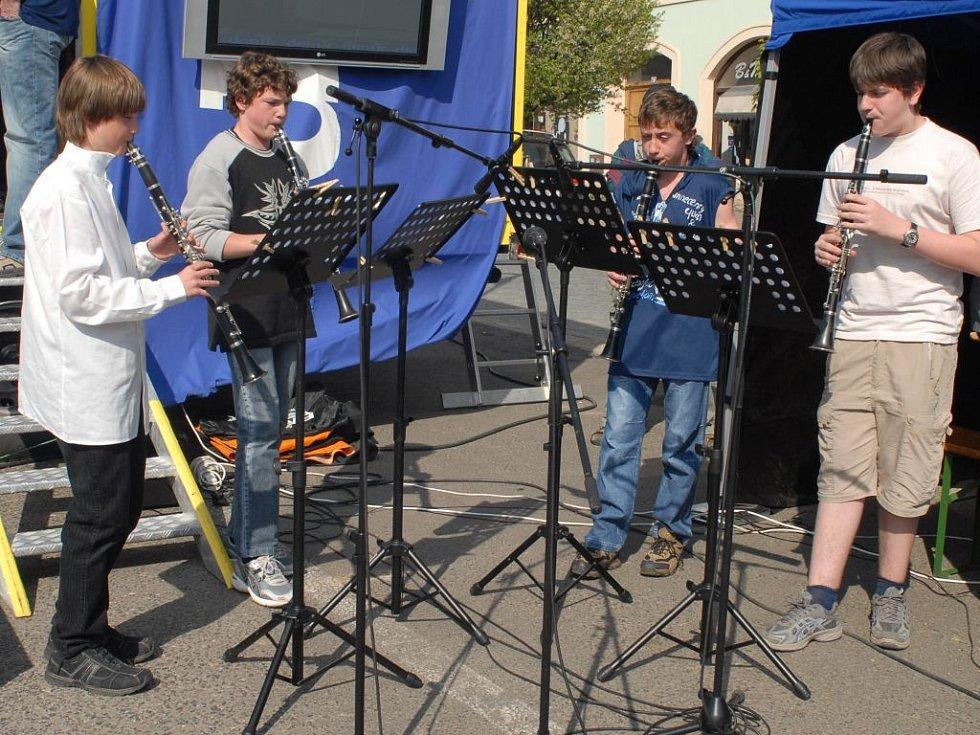 Krásně zahráli také mladí klarinetisté.