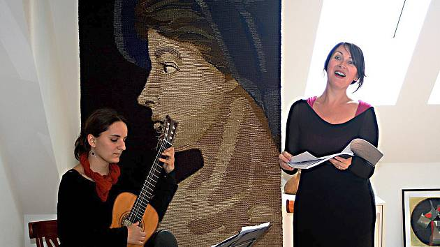 Z vernisáže výstavy Jana Hladíka a Pavla Piekara v galerii la Femme.