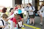 Děti z jičínského Káčka jely na Prázdninový výlet.