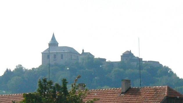 Panorama Kunětické hory.