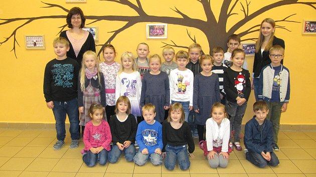 Žáci třídy 1.B ze ZŠ K. V. Raise Lázně Bělohrad (třídní učitelka Martina Holubičková).
