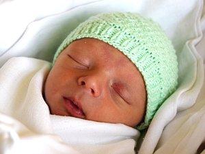 JOSEF ZEMAN přišel na svět 1. března s porodní váhou 2,67 kg  a mírou 47 cm. Radost dělá rodičům Leoně a Lukáši Zemanovým.  Spokojená rodina žije v Klášteře u Hradiště nad Jizerou.