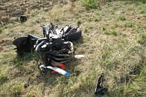 Střet automobilu s motocyklem u Holína.