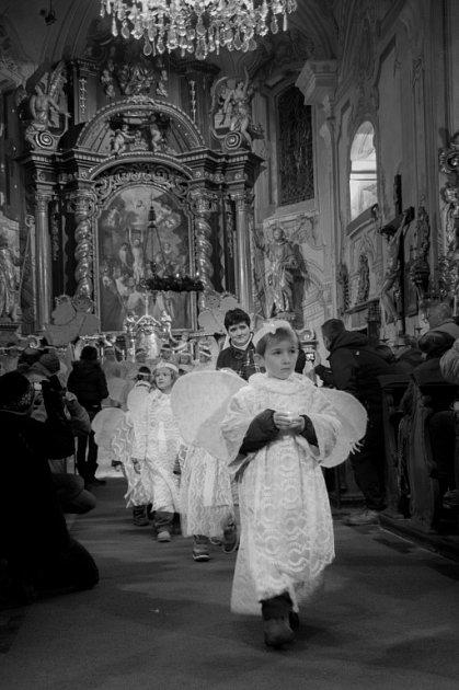 Koncert školáků vpeckovském kostele.