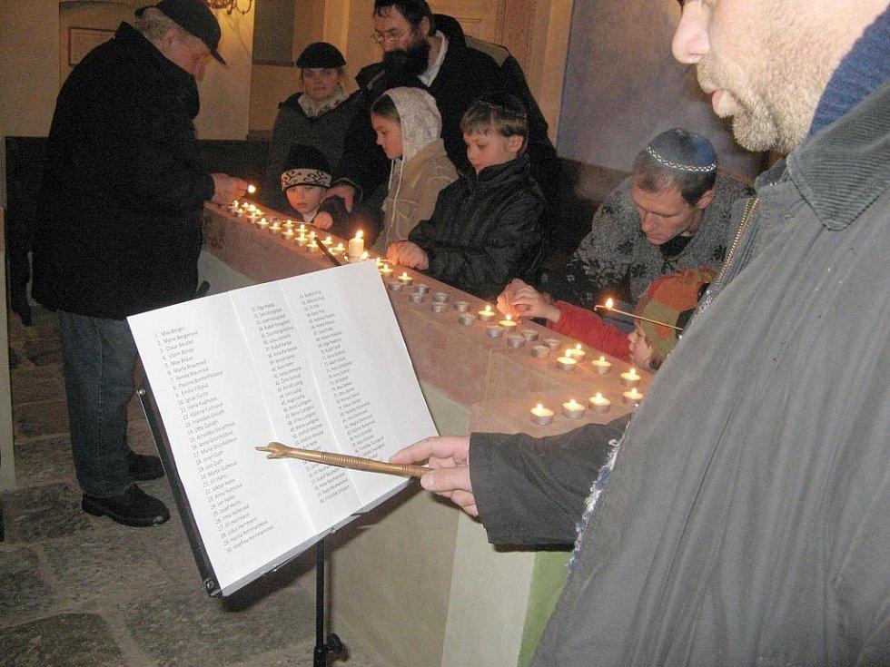 Vzpomínka v jičínské synagoze.