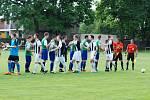 V okresním derby mezi Lázněmi Bělohrad a Jičínem bylo k vidění zajímavé utkání, když Jičín vedl až do nastaveného času 1:0. Jenže v 91 minutě srovnal Horáček a zajistil Bělohradu bod. Pokutové kopy ovládli hosté z Jičína.