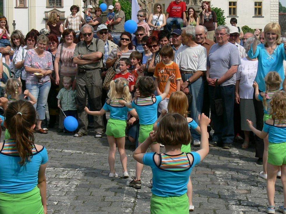 Na náměstí zatančily také Sedmikrásky z mateřské školy na sídlišti.