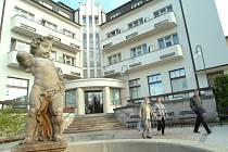 Bělohradské Anenské slatinné lázně, budova hotelu Grand.