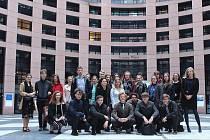 Novopačtí studenti na exkurzi ve Štrasburku.