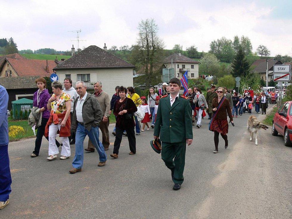 Oslava 1. máje v Úbislavicích.