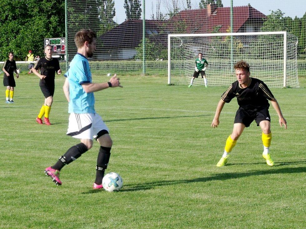 Krajský přebor ve fotbale: TJ Jiskra Hořice - SK Sobotka.