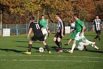 Fotbalisté Hořic zdolali v posledním podzimním utkání na domácím hřišti celek Kunčic 2:1. Na snímku situace ze samotného utkání.