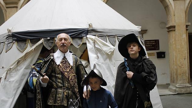V rámci Prodloužených víkendů úřaduje v Jičíně samotný vévoda Valdštejn.