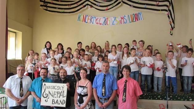 Koncert dětí lužanské školy.