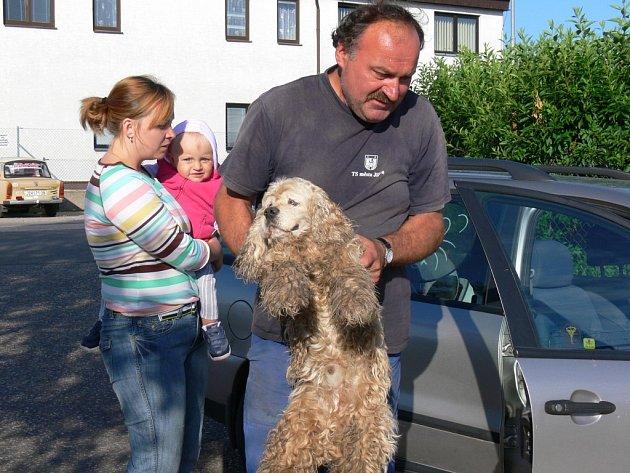 Ztracený slepý pes byl dopraven do jičínské záchytné stanice pro zaběhlé psy.