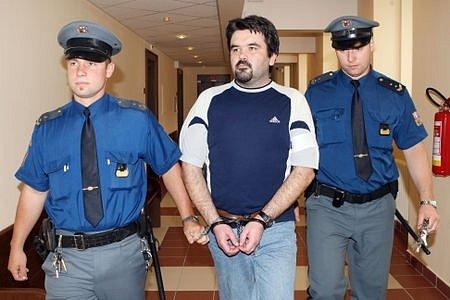 Tomáš Vyskočil u soudu.