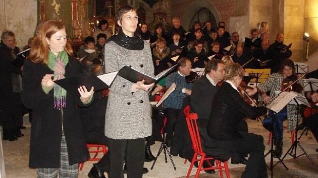Koncert v chodovickém kostele.