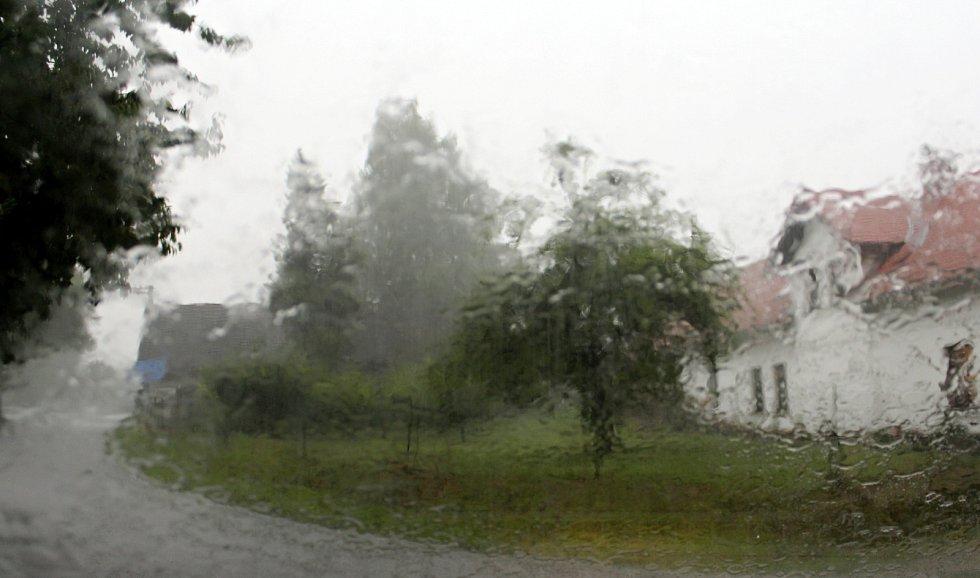 Bouřka na Jičínsku.