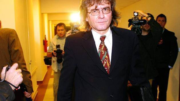 Bohumil Kulínský u soudu jako doma.