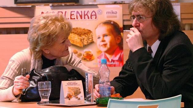 Bohumil Kulínský s matkou.