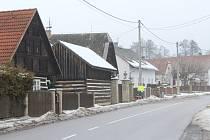 Deník se vydal na návštěvu do obce Radim, kde právě zařizují novou sportovní halu.