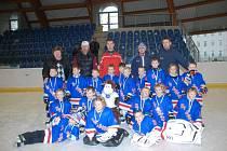 Vánoční hokejový turnaj přípravek.