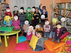 Prvňáčci v bělohradské knihovně.