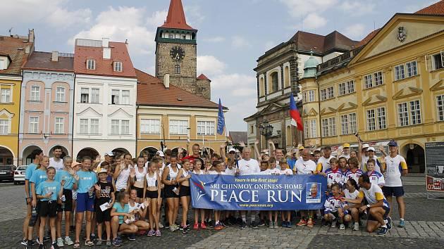 Trasa mírového běhu se po několika letech vrátila do Jičína.