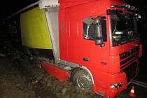 Nehoda kamionu u Šalandy.