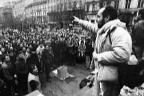 Bývalý politický vězeň Jiří Wolf v roce 1989 na Václavském náměstí.