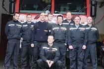 Jičínští hasiči sloužící na Vánoce.