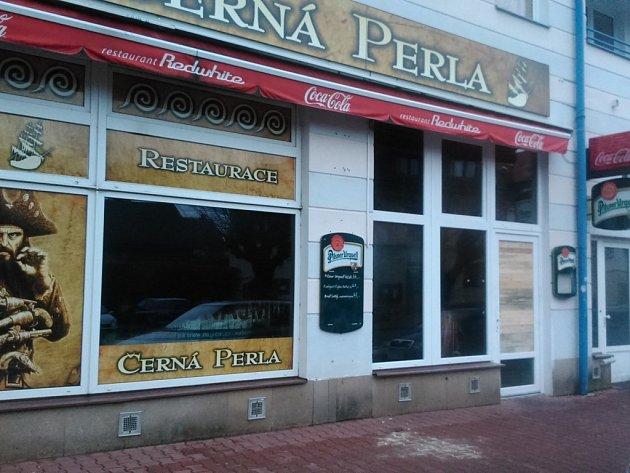 Restaurace Černá Perla po požáru.