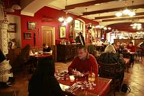 Jičínská restaurace U Dělové koule.