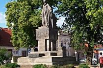 Pomník Jana Husa v Libáni.
