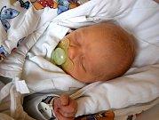Jindřich Horáček se usmívá na svět od 2. října. Po narození vážil 3,27 kg a měřil 49 cm. Šťastní rodiče Lenka a Marek Horáčkovi si malého Jindru odvezli domů do Dobré Vody u Hořic, kde na bratříčka čekala tříletá Kateřina.