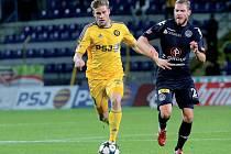 Fotbalisté FC Vysočina (ve žlutém).