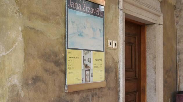 Zavřeno. Tak to dnes vypadá u galerie obrazů Jana Zrzavého v Telči.