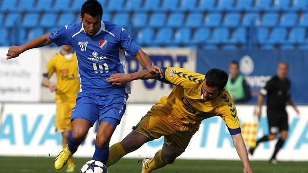 Klíčového útočníka Baníku Milana Baroše dokázala jihlavská obrana vymazat. Poradit si však hráči Vysočiny nedokázali s vlastním výkonem, a domů se tak vraceli s prázdnou. Navíc mimořádně naštvali svého kouče.