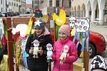Vítání svátků jara na náměstí Zachariáše z Hradce.