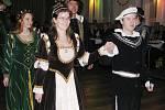 Nechyběly dobové tance z epochy renesance.