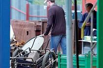 Bezhotovostní platby za výkup kovů od občanů zavedlo Ministerstvo životního prostředí ČR od 1. března 2015. Ilustrační foto.