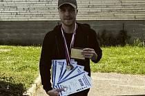 Úspěch. Jindřich Dáňa byl na mistrovství jediným zástupcem Krajského ředitelství policie Kraje Vysočina a díky jeho úspěchům se zařadil mezi desítku nejlepších soutěžících, kteří postoupí do Mistrovství Evropy v policejním plavání.