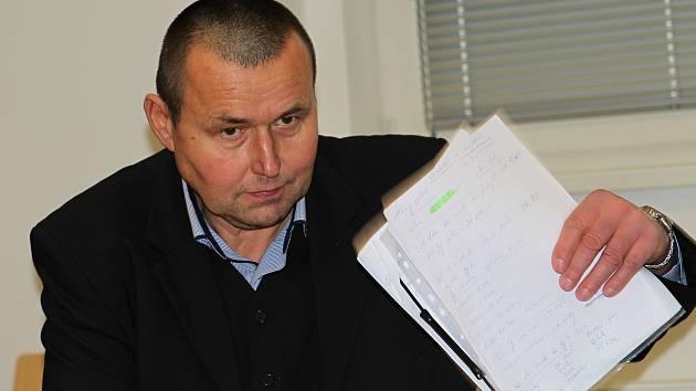 Jaromír Nosek před Okresním soudem v Jihlavě