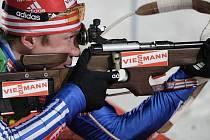 Lídr. Český biatlonista Michal Šlesingr včera vybojoval parádní druhé místo ve sprintu Světového poháru v Oberhofu. Den před závodem přitom ještě inicioval schůzku většiny závodníků ohledně společného postupu proti liknavé IBU.