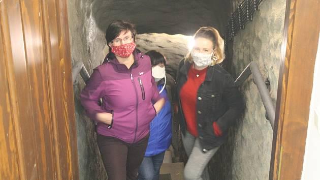Jihlavské podzemí je otevřené pro veřejnost, lidé se  zatím objednávají hlavně na víkendy.