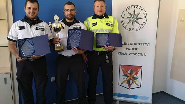 Jiří Špaček (2. místo), Zbyněk Koreš (1. místo) a Martin Mihulka (3. místo). Foto: Krajské ředitelství policie Kraje Vysočina