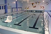 Součástí ZŠ Demlova je i plavecký bazén.