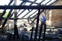 Dům v Třebízského ulici v Jihlavě po požáru