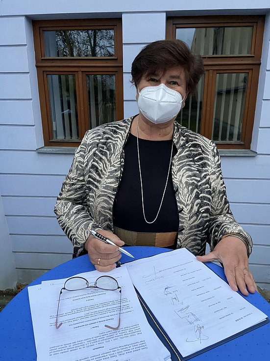 Koaliční smlouvu podepsala i Zdeňka Marková ze Starostů pro Vysočinu.
